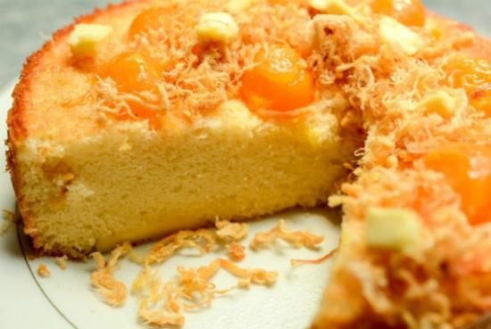 Bánh bông lan trứng muối chà bông phô mai - Bánh sinh nhật mặn